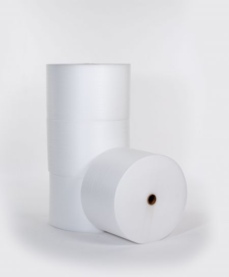 "1/4"" 72"" x 250` Slit 18""  Perfed 12""  Foam (4 rolls/bundle)"